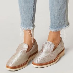 Free People Snake Eyes Leather Loafer 38